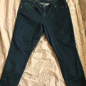Kut from the Kloth Brigitte ankle jeans size 16